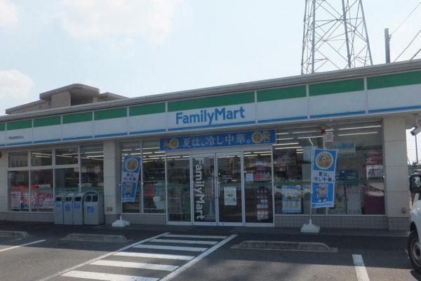 ファミリーマート 伊勢崎連取町店