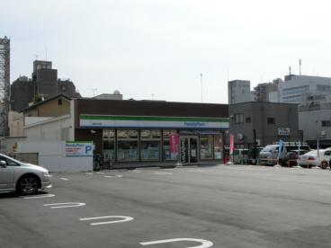 ファミリーマート高崎あら町店