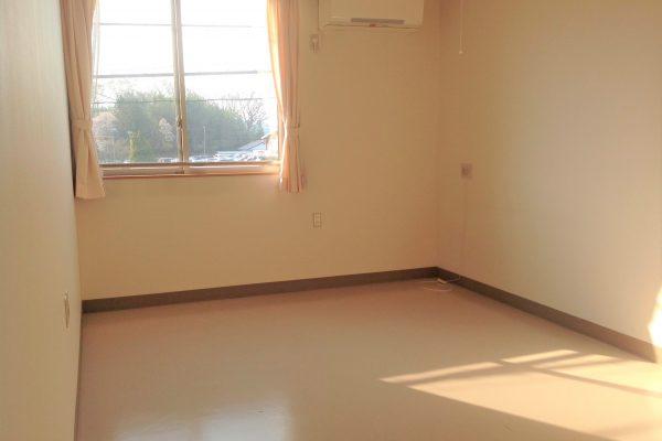 居室風景1 (エアコン・ナースコール・カーテン備え付け)