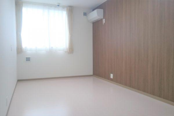 居室(ブラウン)