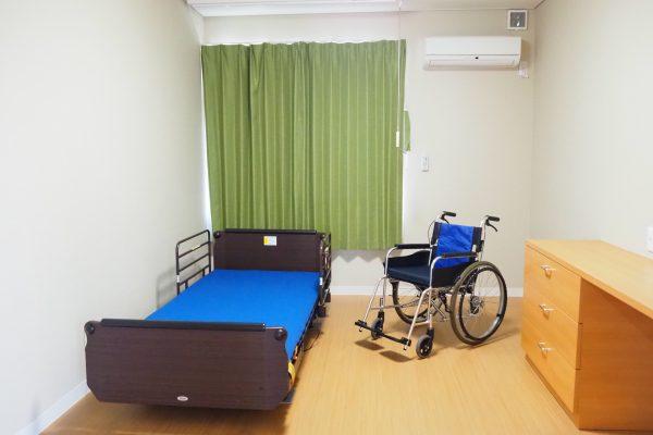 全室個室となります!全室にWi-Fi(インターネット)完備!(全室にエアコン、カーテン、キャビネット備え付けです)